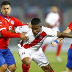 FIFA sanciona a Perú con 20 mil dólares por cánticos discriminatorios