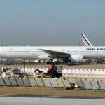 Hallan cadáver en el tren de aterrizaje de avión de Air France
