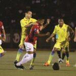 Juan Aurich vence por 2-1 a Comerciantes Unidos en Noche Roja