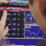 Bolsas latinoamericanas reaccionan negativas frente a festivos y lances de Wall Street