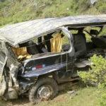 Huánuco: 3 muertos y 12 heridos al caer Combi a un abismo