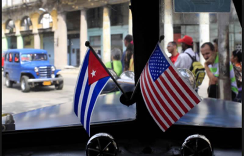 cuba-banderas800