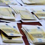 Kenia : Sujetos son detenidos con millonada de dólares y euros falsos