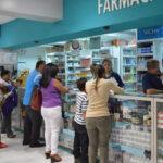 Jueza desestima demanda de amparo contra concentración de farmacias