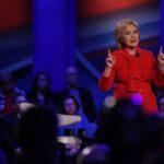 Hillary Clinton evita el ataque directo a Sanders en Iowa