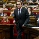 Cataluña: Mas dimite como diputado en pleno reto independentista