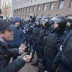 Moldavia: Miles de personas marchan por la libertad de expresión