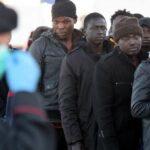 Italia: Guardias rescatan 655 personas en mar Mediterráneo
