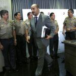 Ministro niega renuncia de 13 mil policías por eliminación de 24×24
