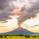 Nicaragua: Volcán registra fuerte explosión y humareda de 3,000 m