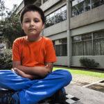 Niño de 9 años concluye diplomado en Bioquímica y Biología Molecular