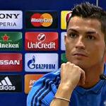 Un patético Cristiano se molesta con periodista y se retira de conferencia (VIDEO)