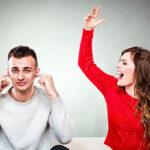 Italiano denuncia a su esposa por no cocinar ni limpiar