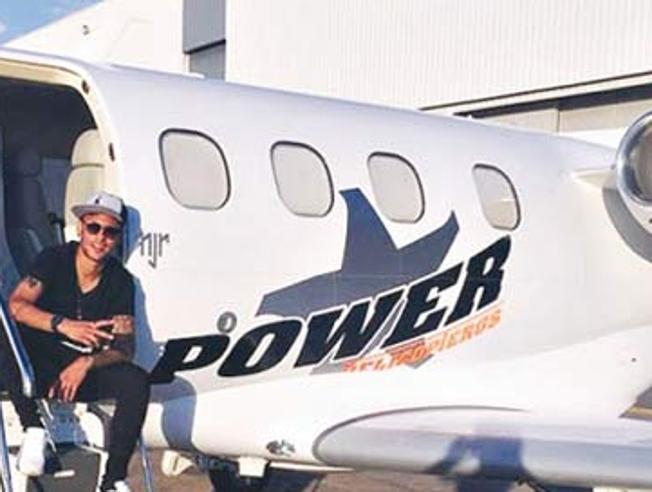 avion.neymar