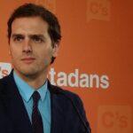 PSOE acepta peticiones de liberales para acceder al gobierno