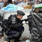 Francia: Empezó polémico desmantelamiento de campo de migrantes