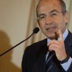 Felipe Calderón a Donald Trump : No pagaremos por un estúpido muro