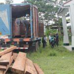 Satipo: Serfor decomisa madera ilegal oculta en camión