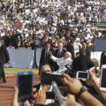 """México: El Papa pide a religiosos no ser """"funcionarios"""" de lo divino"""