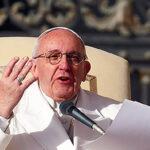 Francisco pide a familias no caer en el lujo y confort (VIDEO)