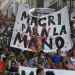 """Argentina: Miles de trabajadores protestan contra """"políticas de ajuste"""""""