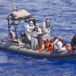Turquía: Mueren 9 refugiados al naufragar barco en sus costas