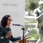 Chile: A 100 años de su muerte homenajean al poeta Rubén Darío