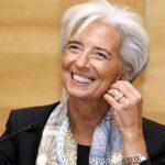 Lagarde, encantada de seguir cinco años más al frente del FMI