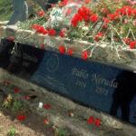 Chile: Juez ordena devolución de restos a su tumba de Pablo Neruda