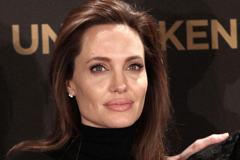 Angelina-Jolie0