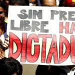 Periodistas mexicanos apuestan por literatura contra censura de los medios