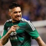 Juan Vargas se perderá duelo ante Atlético de Madrid por lesión