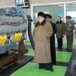 Kim Jong-un supervisa lanzamiento de proyectiles en plena tensión