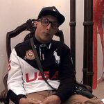 Velan cadáver sentado con ojos abiertos y un cigarro en la mano (VIDEO)