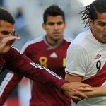 Paolo superó a Cubillas y se convirtió en el máximo goleador de Perú