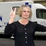 Brigitte Bardot pide acabar caza con galgos y podencos en España