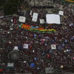 Brasil: Miles salen a las calles en 19 estados en apoyo de Dilma Rousseff