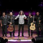 Gustavo Ratto destacó en concierto de Lila Downs