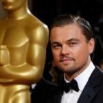 Leonardo DiCaprio olvida su Oscar en un restaurante (VIDEO)