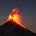 Guatemala: Volcán de Fuego en fase eruptiva con fuertes explosiones