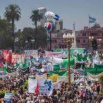 Argentina: Sindicalistas con multitudinaria marcha protestarán por despidos