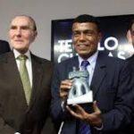 COI: Premian a Cubillas como el jugador más correcto del fútbol peruano