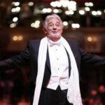 Placido Domingo ovacionado en 50 aniversario de su debut en el Liceo