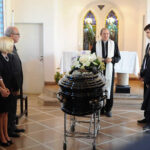 Desde emblemático Teatro Colón dieron último adiós a Marianito Mores