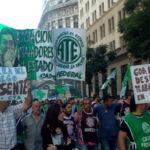 Argentina: Trabajadores estatales anuncian paro el 19 contra despidos
