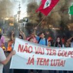 Brasil: Manifestantes bloquean carreteras protestando contra juicio político