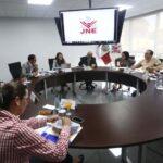 PPK y FP se reunieron en JNE para definir detalles del debate