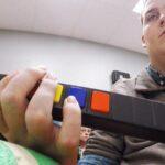 Tetrapléjico recupera la movilidad en los dedos gracias a un chip