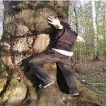 Dendrofilia: la extraña atracción sexual hacia los árboles y plantas (VÍDEO)