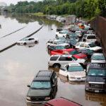 EEUU: Inundaciones dejan al menos 8 muertos y arrasan más de mil casas